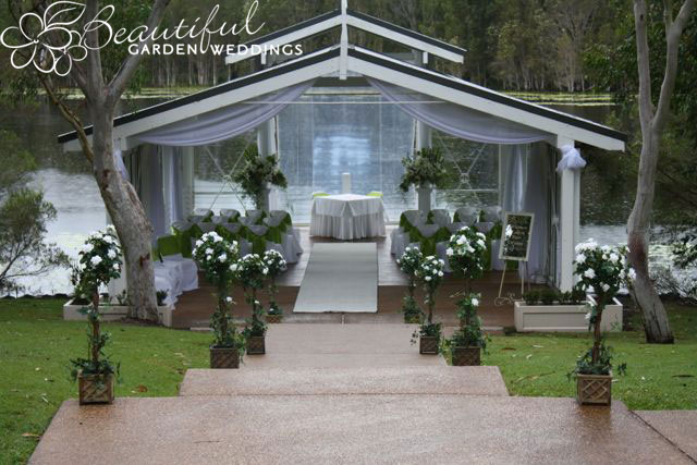 Beautiful-Garden-Wedding---The-Lagonda-at-Sirromet