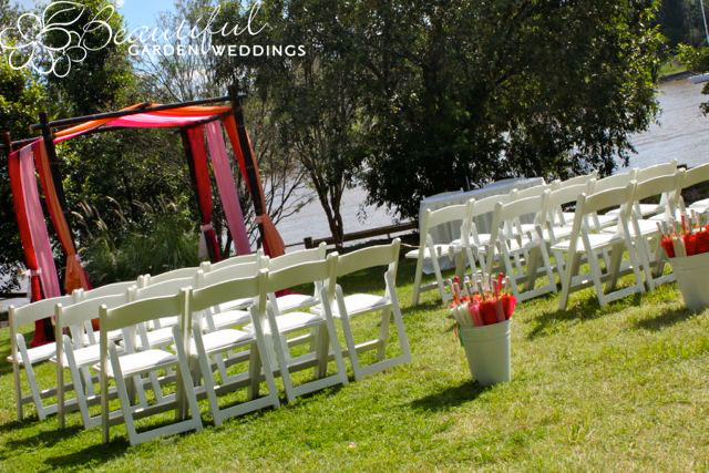 Beautiful Garden Wedding at Kangaroo Point Parklands, Brisbane