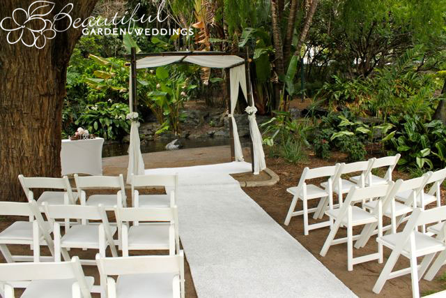 Beautiful Garden Wedding at Wedding Lawn - Brisbane City Botanic Gardens
